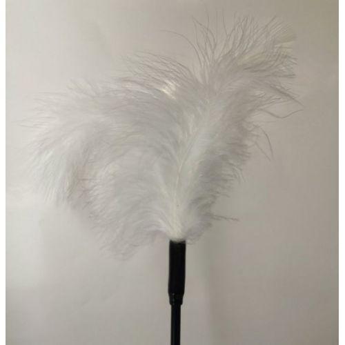 Кисточка с белыми перышками для шалостей Long