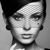 Виниловая маска БДСМ для глаз Bijoux Indiscrets Eyemask Louise