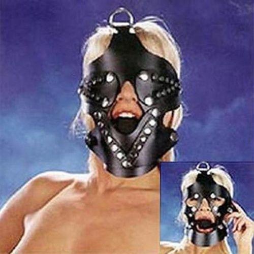 Черный намордник с вырезами для рта и глаз с кляпом