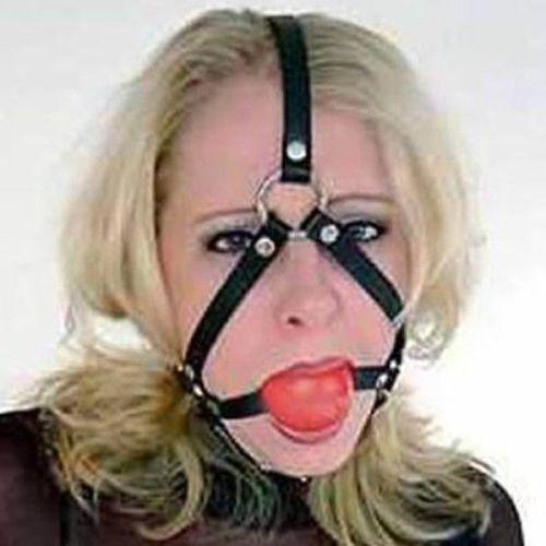 Черный кожаный намордник с силиконовым шаром-кляпом для рта