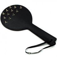 Круглая кожаная шлепалка с металлическими шипами для БДСМ
