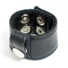 Кожаный черный бондаж на половой член с заклепками для БДСМ