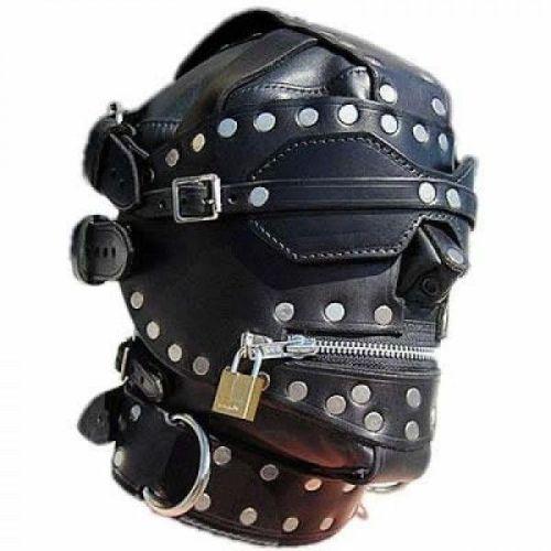 Кожаная черная маска на лицо с заклепками для БДСМ