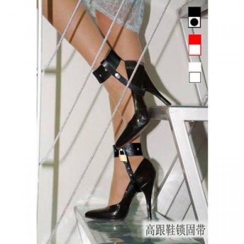 Кожаные женские наножники для БДСМ черные