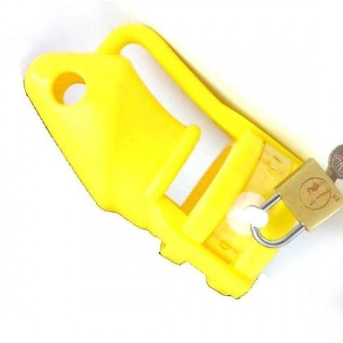 Пояс верности на член силиконовый желтый