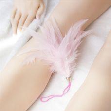 Щекоталка розовая на шнурке для БДСМ