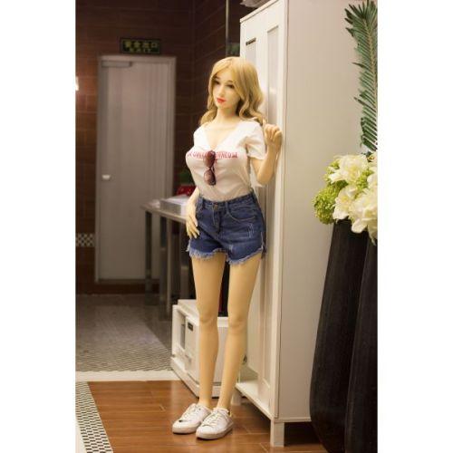 Супер-реалистичная секс-кукла силиконовая YunTao 158 см