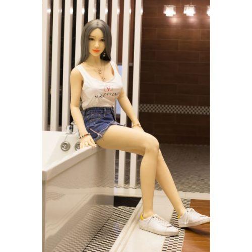 Супер-реалистичная секс-кукла силиконовая  YunYan 165 см