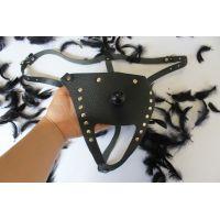 Трусики кожаные для страпона универсального размера для системы  Vac-U-Lock