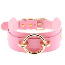Чокер-ошейник розовый с кольцом золотого цвета