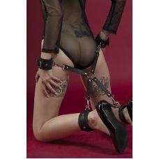Крестовина с оковами для рук и ног для БДСМ фиксации Feral Feelings 4 Way Connector черная